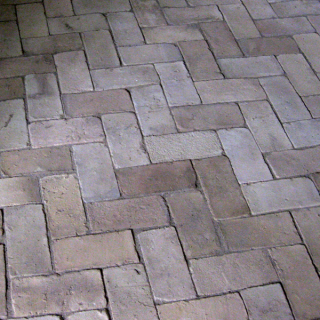 Hagenskov kælder gulv