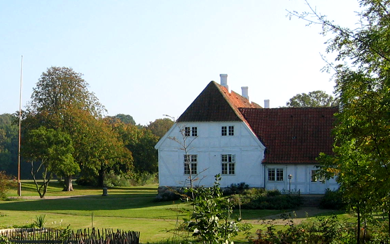 Jensgård set fra haven